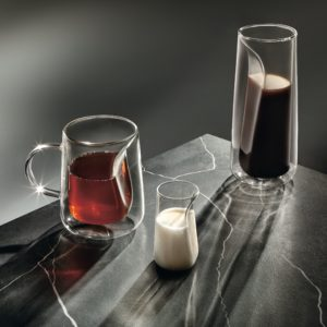WALLPAPER brocca, porta latte e teiera in vetro Ichendorf