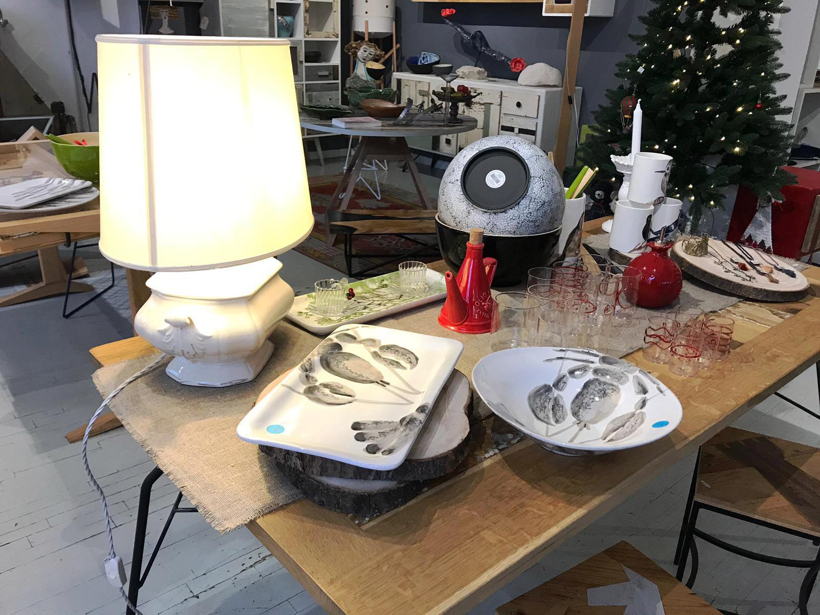 Saldi oggettistica casa roma vassoi piatti ceramica toscana dipinta a mano