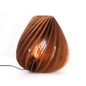 lampada da tavolo in legno affusolata l'oca nera