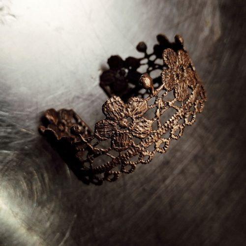 bracciale rigido da polso in ottone fatto a mano ricamo di fiori
